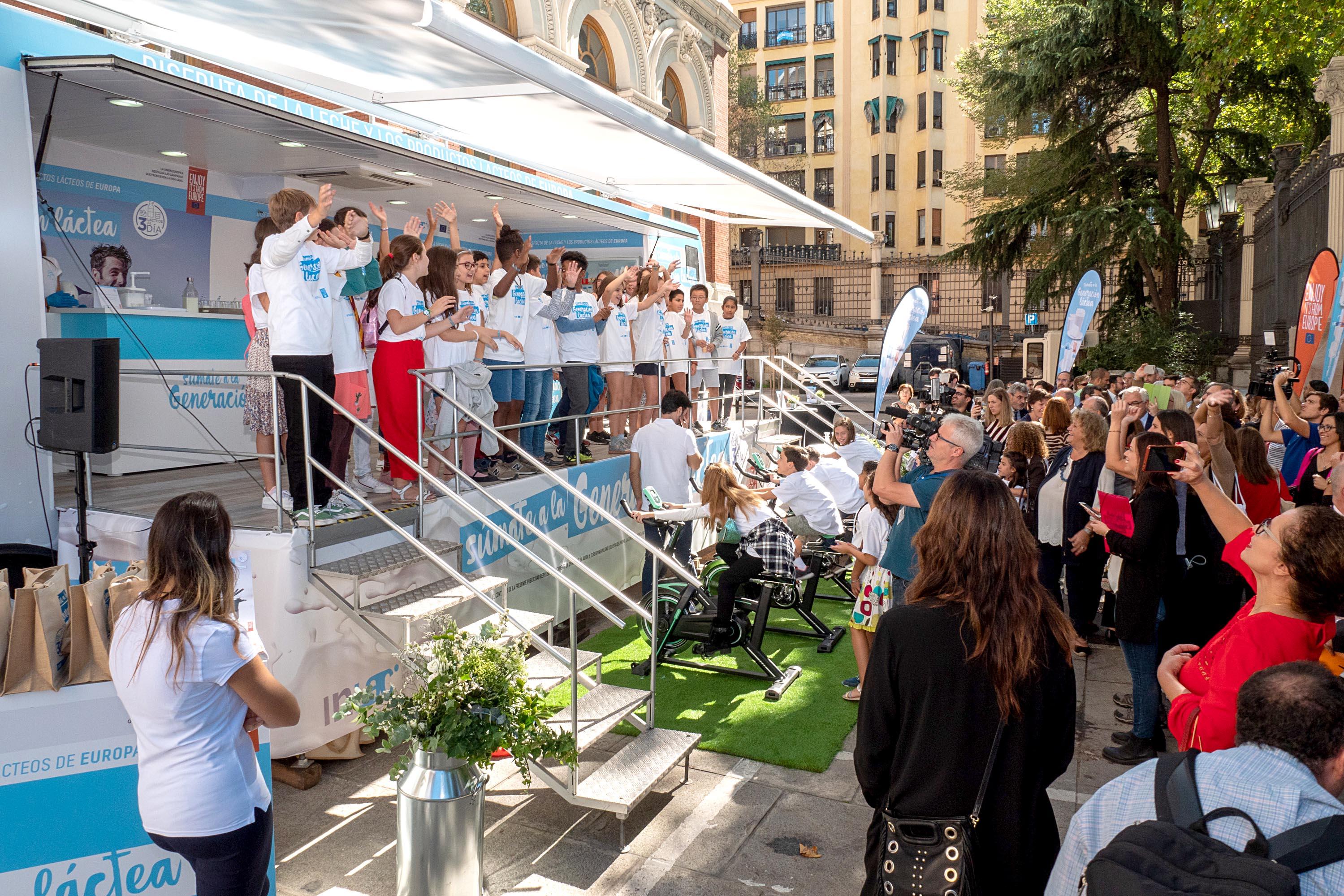 Proyecto Generación Láctea - InLac, organización Interprofesional láctea que engloba a todo el sector lácteo español cuyos miembros representan al conjunto de la cadena agroalimentaria.
